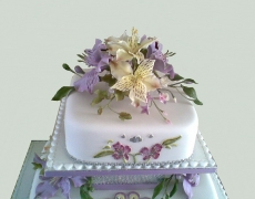silver-wedding-lilies-closeup