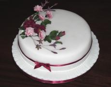 burgundy-roses-carnations