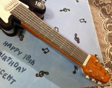 electric-guitar-closeup-2