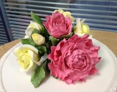 Peony & Roses closeup USE.JPG