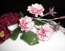 open-roses-pink-carnations