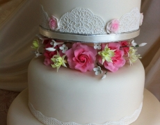 4t-pink-roses-lilies-middle-tiers