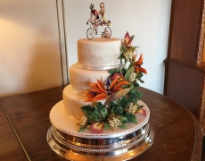 Rachel & Peter - Tropical flowers wedding cake.jpg