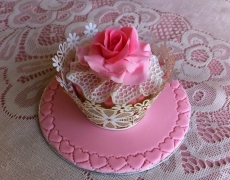 pink-rose-frilled-lace